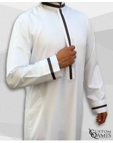 Qamis Trend blanc et ruban gris anthracite