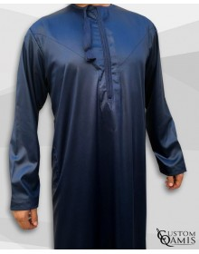 Qamis Omani Tissu Precious Bleu Marine Satiné