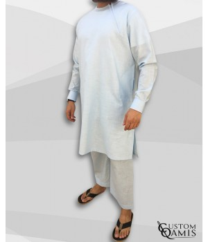 Ensemble Pakistannais en lin bleu ciel clair avec broderie blanche et serwel coupe droite
