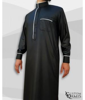 Qamis Edge tissu Precious noir mat et blanc satiné avec manchettes