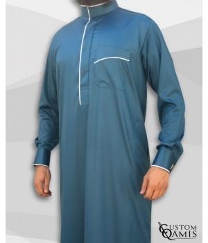Qamis Edge tissu Precious vert bleuté satiné et blanc satiné avec manchettes