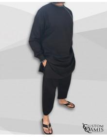 Ensemble Pakistannais Tissu Platinium noir avec broderie bleu ciel et serwel coupe droite