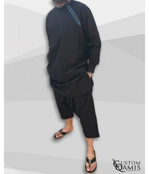 Ensemble Pakistannais Tissu Platinium noir avec broderie bleu ciel et serwel coupe qandrissi