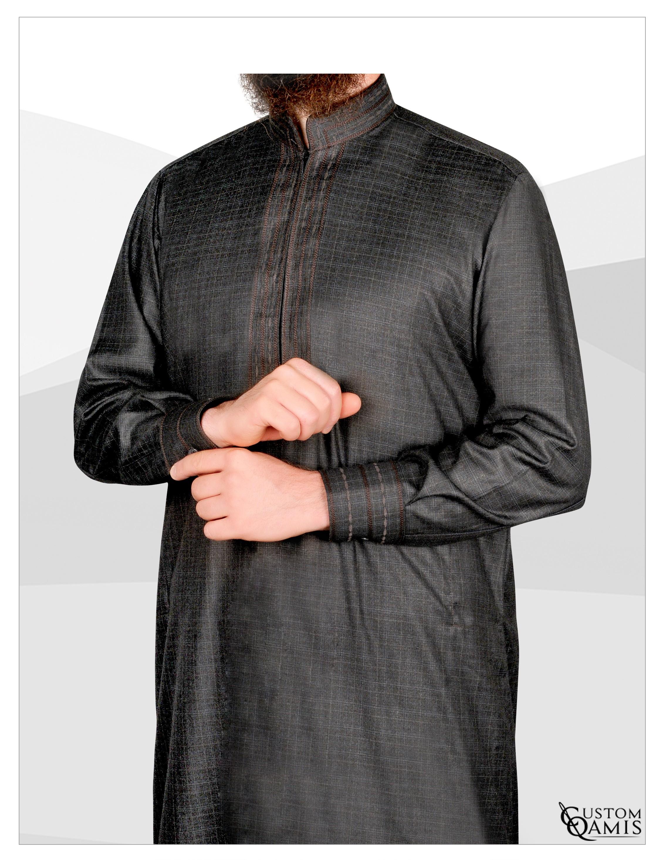 Sultan Thobe Dark Grey quadrille with cuffs