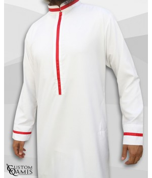 Qamis Trend tissu Precious blanc satiné et bandes rouges avec col Abadi