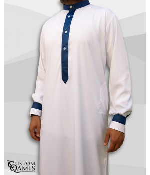 Qamis Two Tone tissu Royal blanc à rayures et bleu marine col Koweti