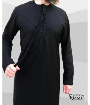 Qamis Emirati tissu Cashmere Wool Noir avec tarboucha détachable