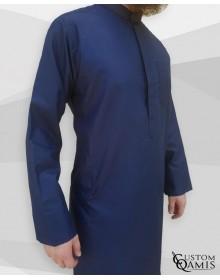 Qamis Koweti bleu marine Tissu Platinium avec manches classiques
