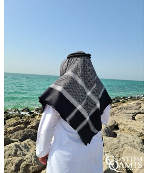 Shemagh for Winter - Black and white