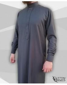 Qamis Classic Tissu Cashmere Wool gris avec col Saoudi