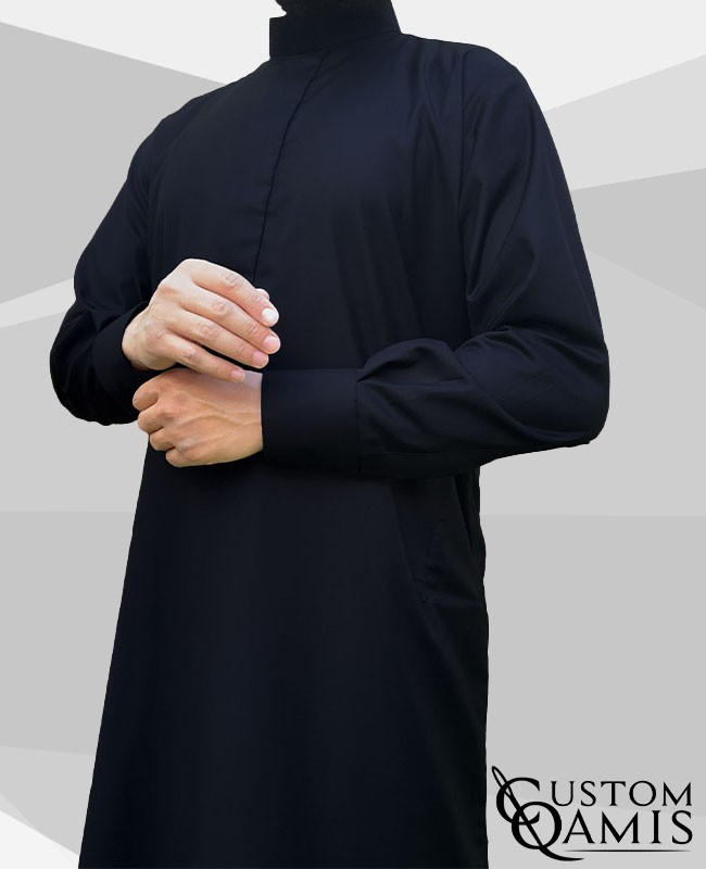 Saudi thobe Cashmere Wool : Navy blue (suit fabric) fabric  with cuffs