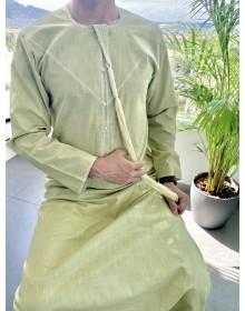 Qamis Emirati tissu Linen Vert pistache avec tarboucha détachable