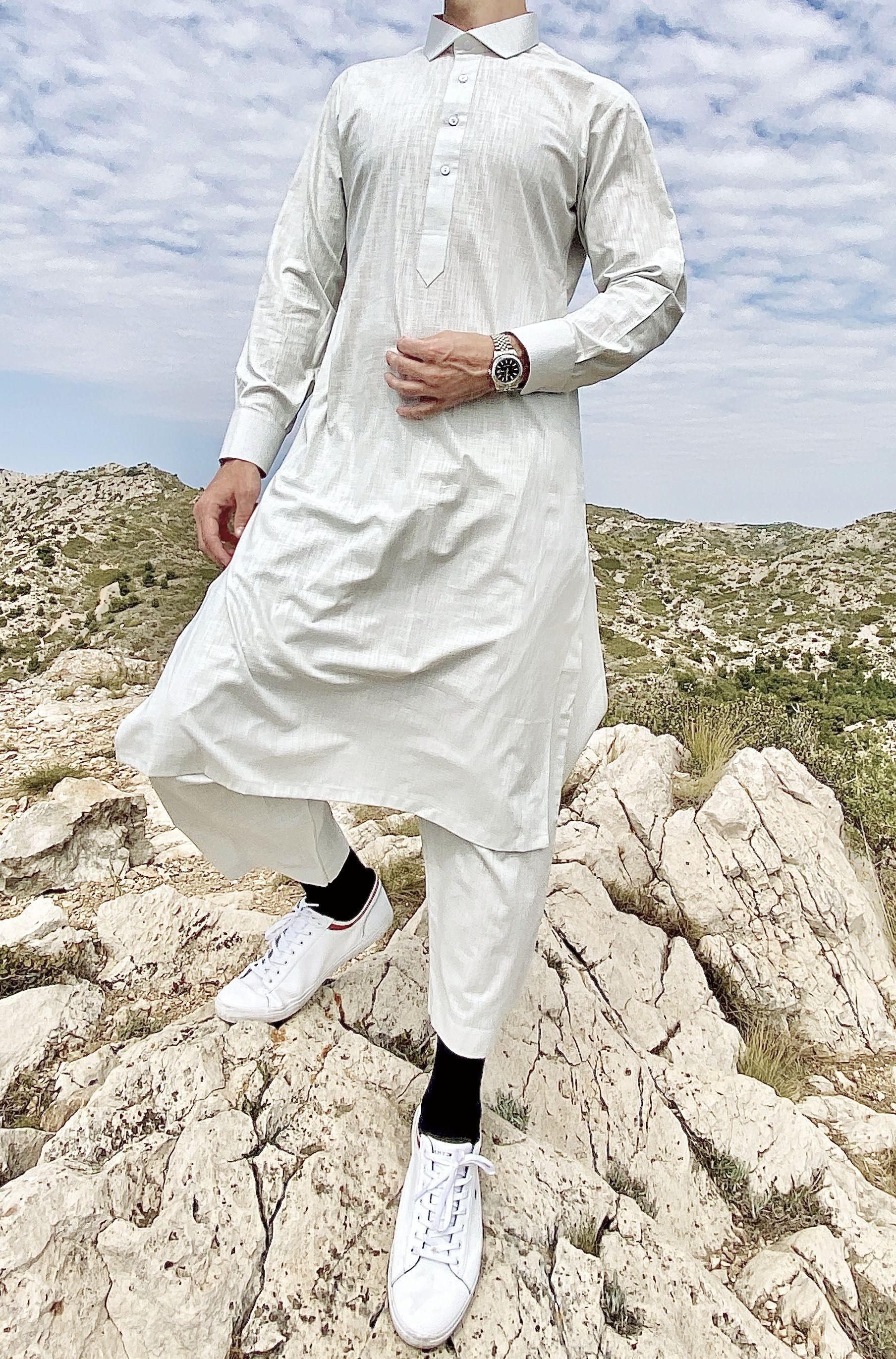Classic Pakistani cut Cutaway Thobe Light grey linen Fabric